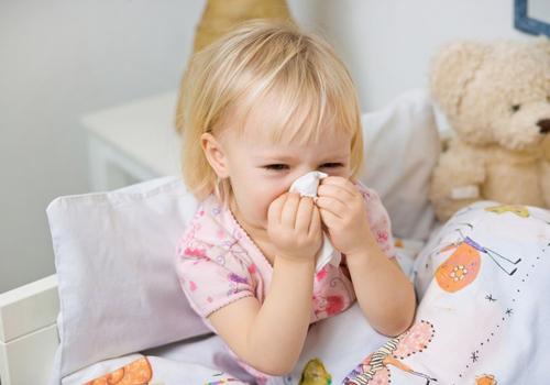 Chữa viêm mũi dị ứng ở trẻ em 1