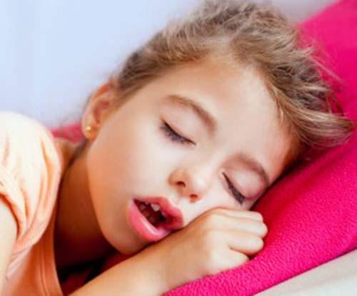 Triệu chứng nghẹt mũi 1