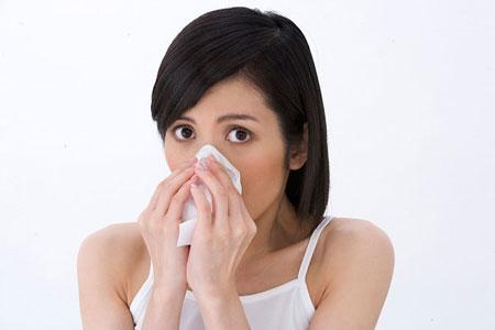 Nước mũi màu vàng là biểu hiện của bệnh gì? 1