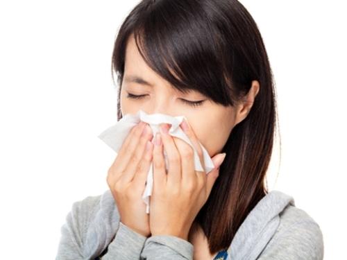 Phân biệt viêm mũi dị ứng và viêm xoang mạn tính 1