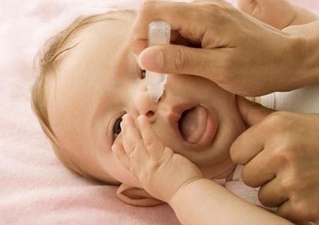 Điều trị nghẹt mũi ở trẻ sơ sinh 1