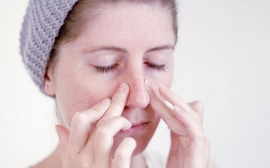 Cách trị viêm xoang mũi đơn giản 1