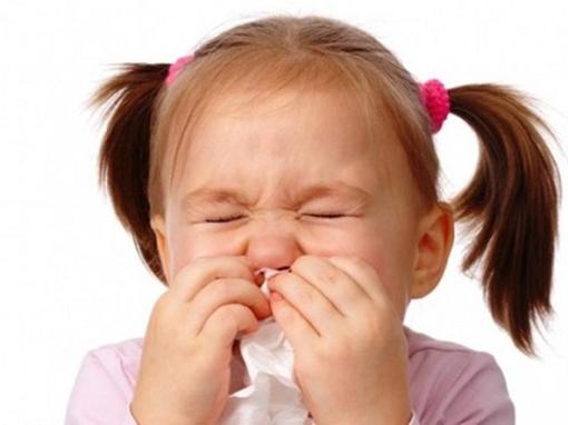 Cách xử lý đơn giản khi bé bị ngạt mũi 1